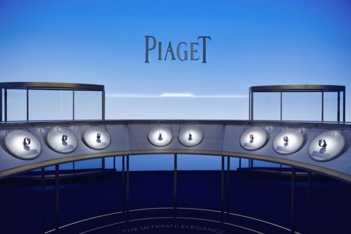 PIAGET-conception-design-installation-production-scenographie-1024x683