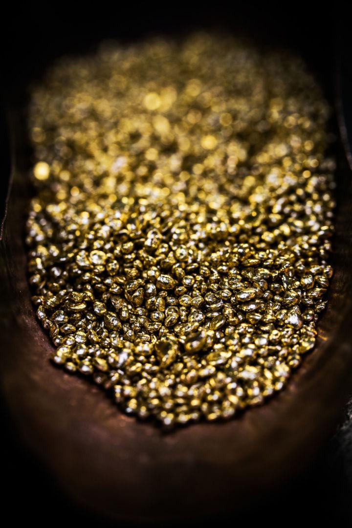 chopard-fairmined-gold
